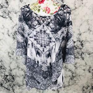 World unity XXL gray&white blouse